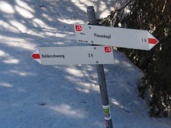 Piesenkopf, Schneeschuhwandern in den Allgäuer Alpen, Wegweiser.