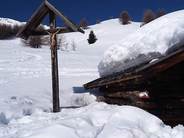 Beim Startpunkt Schneeschuhwanderung zum Äußerer Nockenkopf am Reschensee