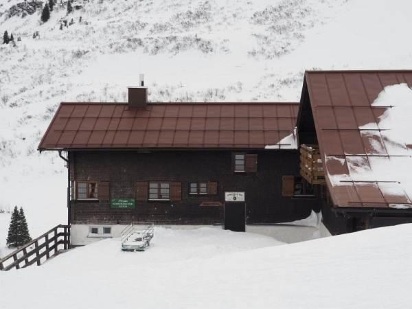 Hählekopf, Schneeschuhwandern in den Allgäuer Alpen, Schwarzwasserhütte.