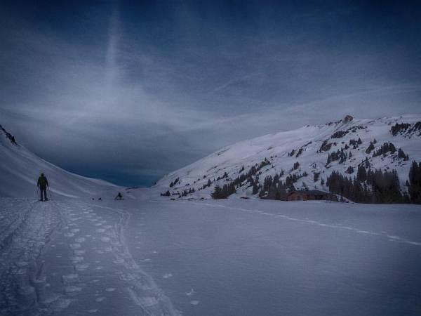 Hählekopf, Gerachsattel und rechts daneben der Gipfel.