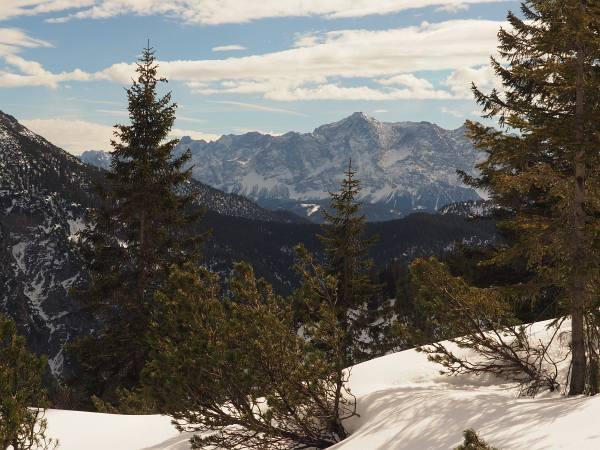 Panoramaaussicht beid er Schneeschuhtour auf den Ochsenälpelskopf